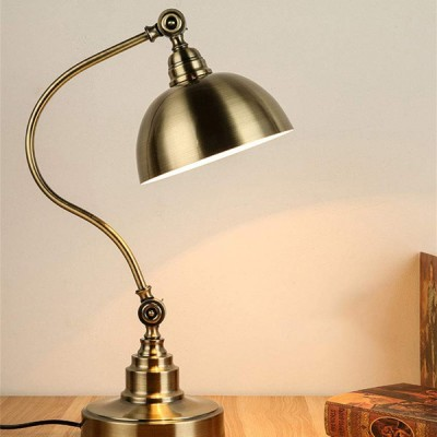 Antique Countryside Table Lamp